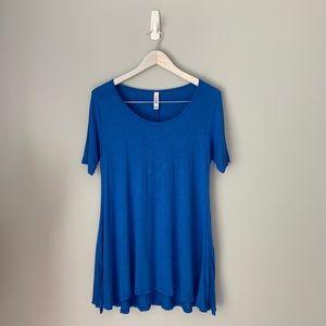 Lularoe blue perfect t